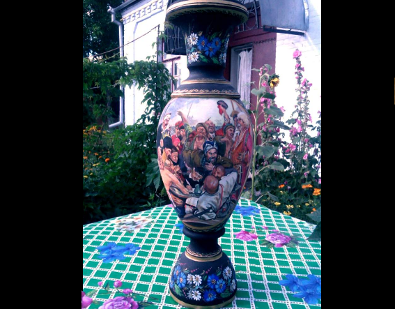 Расписная ваза казаки