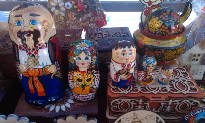 Купить украинские сувениры, матрешки казаки