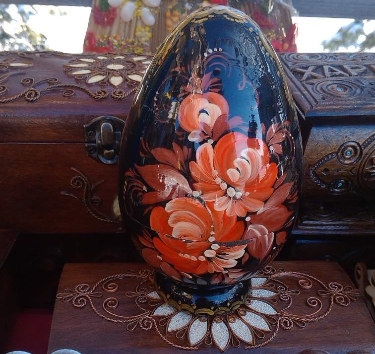 Роспись деревянных яиц