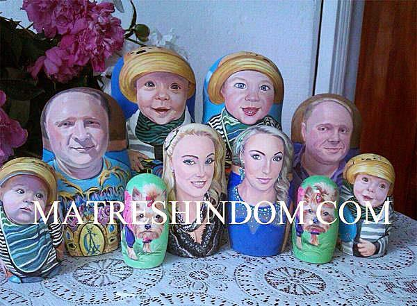 Семейная портретная матрешка на заказ по фото